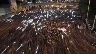 Χονγκ Κονγκ: Συγγνώμη ζήτησε η πρωθυπουργός για τις διενέξεις στη χώρα
