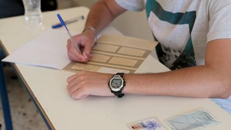Πανελλήνιες εξετάσεις 2019: Με Βιολογία πέφτει η αυλαία για τους υποψηφίους των ΓΕΛ