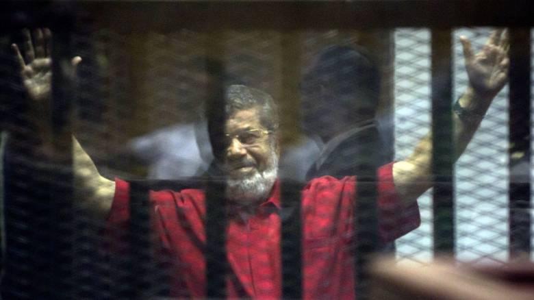 Αίγυπτος: Πέθανε την ώρα της δίκης του ο πρώην πρόεδρος της χώρας