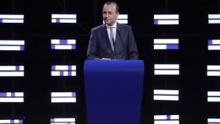Βέμπερ: Δεν μπορεί η Τουρκία να παραβιάζει την κυριαρχία ενός κράτους της ΕΕ