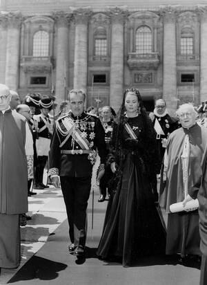 1959, Βατικανό.  Ο πρίγκιπας Ρενιέ και η πριγκίπισσα Γκρέις του Μονακό στο Βατικανό, όπου ήλθαν για μια κατ' ιδίαν συνάντηση με τον πάπα Πίο VII.