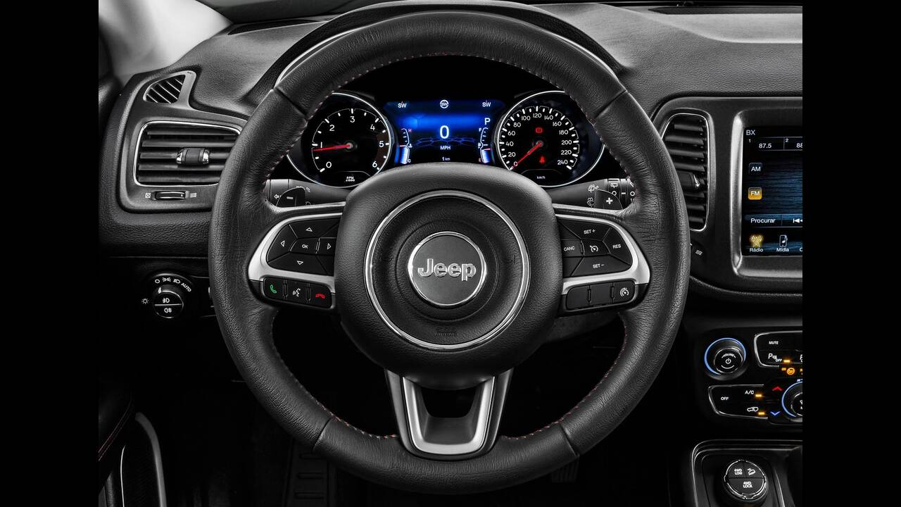 https://cdn.cnngreece.gr/media/news/2019/06/18/181124/photos/snapshot/JEEP-COMPASS-8.jpg