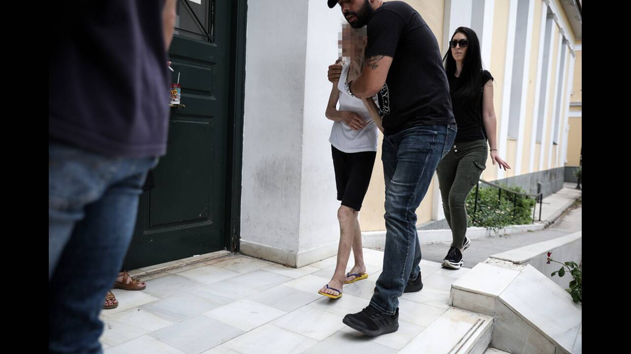 https://cdn.cnngreece.gr/media/news/2019/06/18/181148/photos/snapshot/4830335.jpg