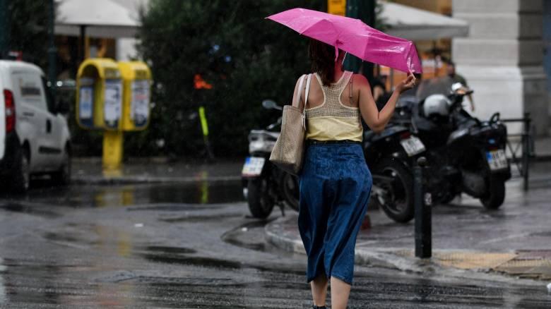 Καιρός: Ποιο καλοκαίρι; Κακοκαιρίας συνέχεια με βροχές και καταιγίδες
