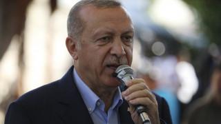 O Ερντογάν απαντά στην ΕΕ: Κανείς δεν μπορεί να μας σταματήσει