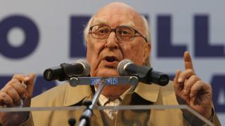Μάχη για τη ζωή του δίνει ο διάσημος συγγραφέας Αντρέα Καμιλέρι