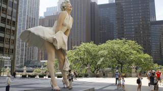 ΗΠΑ: Εξαφανίστηκε το άγαλμα της Μέριλιν Μονρόε στο Χόλιγουντ