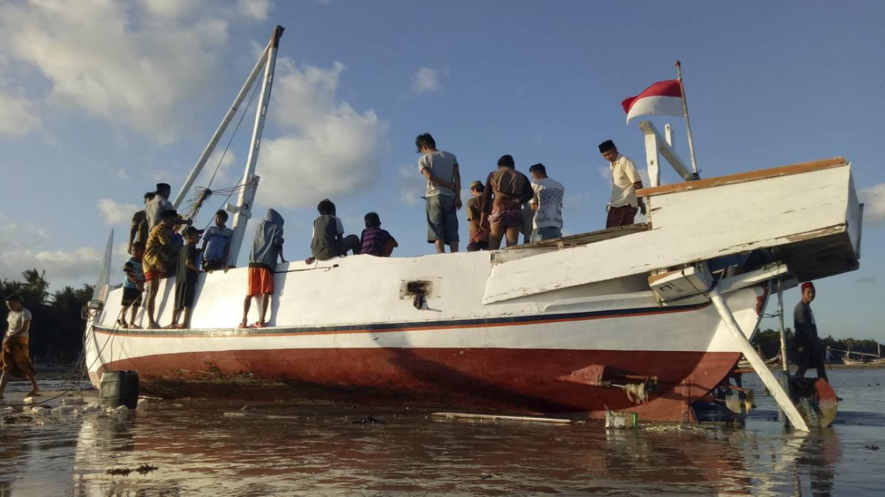 Ινδονησία: Πολύνεκρο ναυάγιο στα ανοικτά της Ιάβας