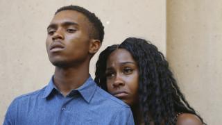 ΗΠΑ: Ένταση σε συνάντηση αστυνομικών και πολιτών μετά τη βίαιη σύλληψη οικογένειας Αφροαμερικανών