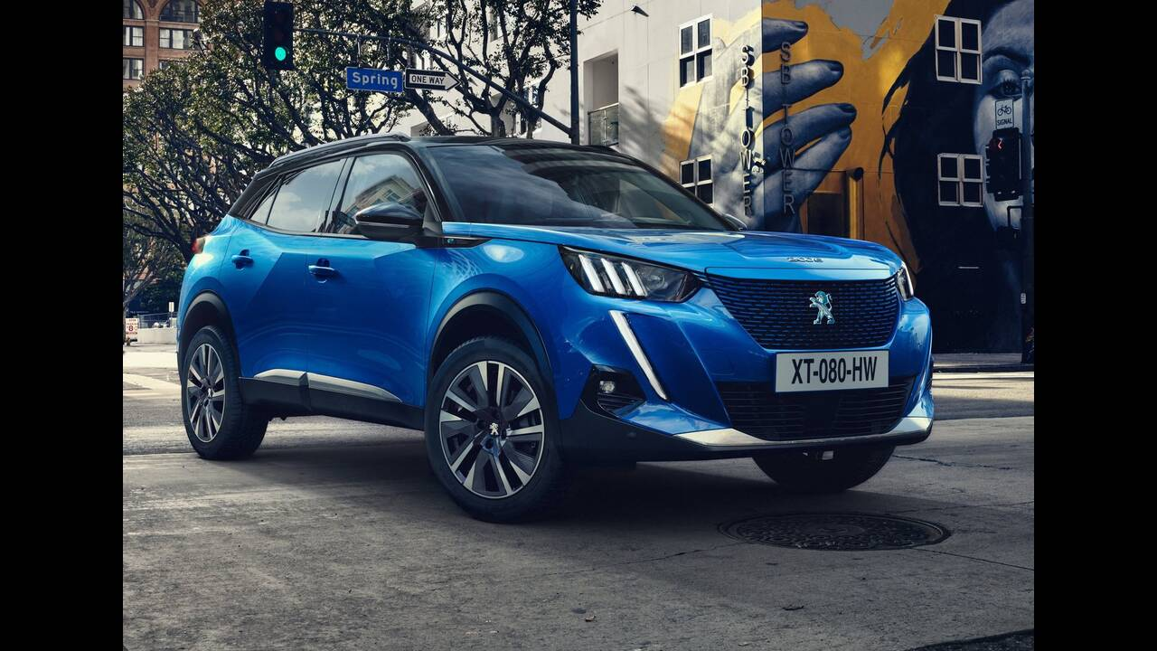 https://cdn.cnngreece.gr/media/news/2019/06/19/181247/photos/snapshot/PEUGEOT-2008-35.jpg