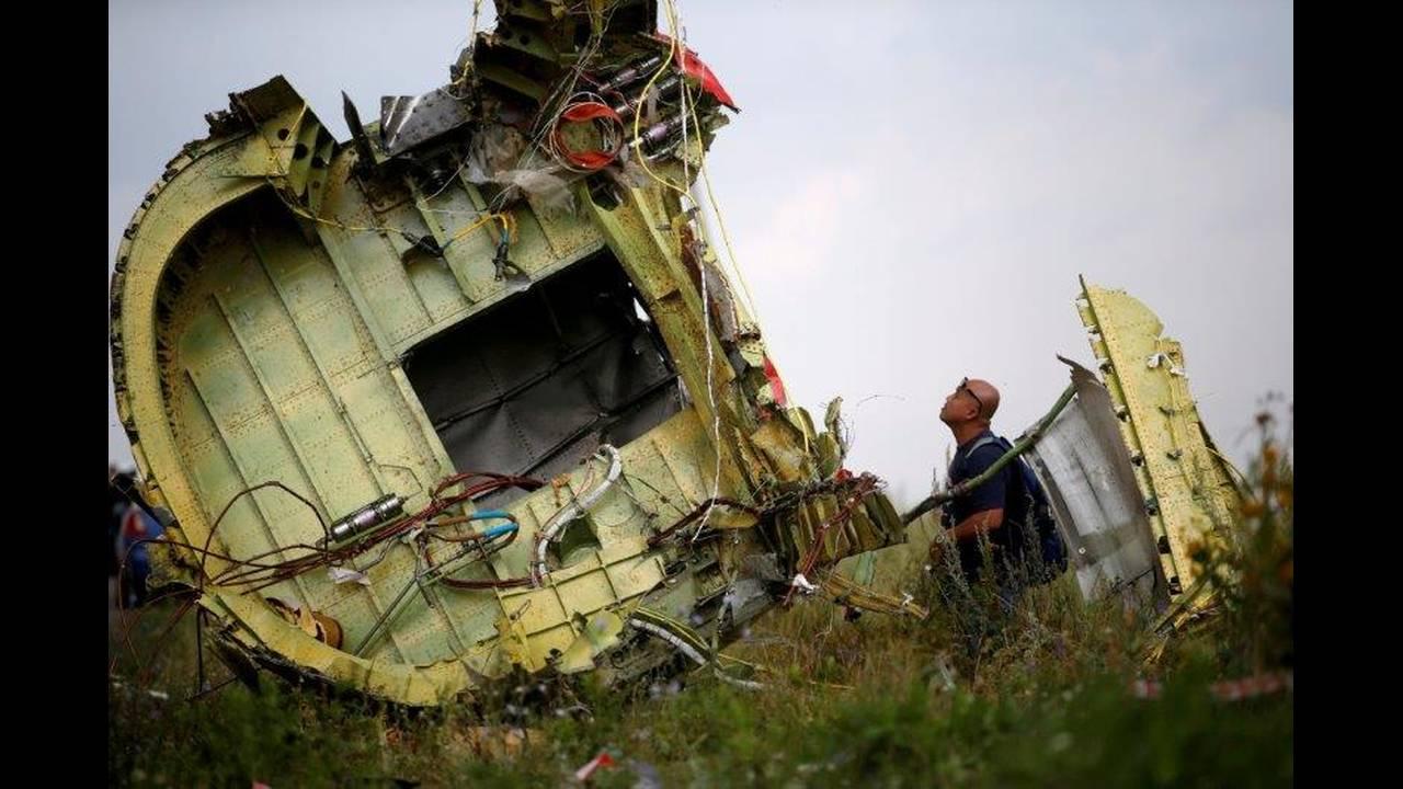 https://cdn.cnngreece.gr/media/news/2019/06/19/181273/photos/snapshot/2018-05-24T063723Z_638866717_RC13F1D67430_RTRMADP_3_UKRAINE-CRISIS-MH17.jpg