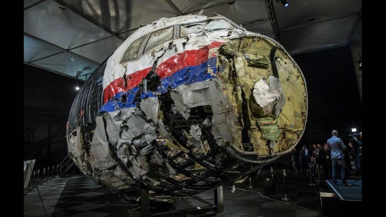https://cdn.cnngreece.gr/media/news/2019/06/19/181273/photos/snapshot/2018-05-24T063726Z_1710898241_RC12F0D1E3D0_RTRMADP_3_UKRAINE-CRISIS-MH17.jpg