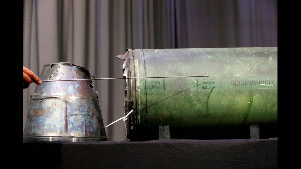 https://cdn.cnngreece.gr/media/news/2019/06/19/181273/photos/snapshot/2018-05-24T094415Z_708238488_RC178E7C2500_RTRMADP_3_UKRAINE-CRISIS-MH17.jpg