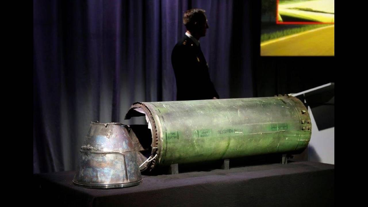 https://cdn.cnngreece.gr/media/news/2019/06/19/181273/photos/snapshot/2018-05-24T095547Z_1127757147_RC1C348067C0_RTRMADP_3_UKRAINE-CRISIS-MH17.jpg