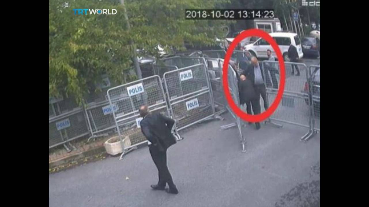https://cdn.cnngreece.gr/media/news/2019/06/19/181328/photos/snapshot/2018-10-22T110449Z_419947263_RC11B4DA7000_RTRMADP_3_SAUDI-KHASHOGGI-CCTV.JPG