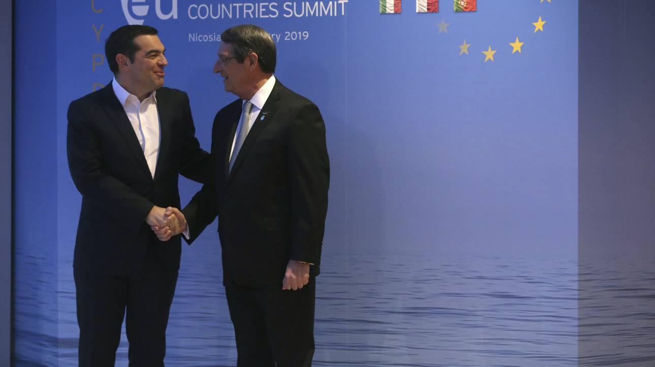 Σύνοδος Κορυφής: Άμεση εξέταση και υιοθέτηση μέτρων κατά της Τουρκίας θα ζητήσει ο Τσίπρας