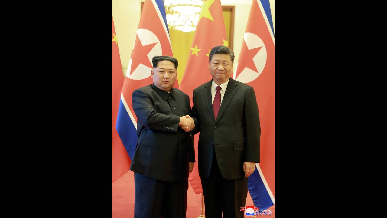 https://cdn.cnngreece.gr/media/news/2019/06/20/181379/photos/snapshot/2018-03-28T051050Z_599491821_RC1E9256E300_RTRMADP_3_NORTHKOREA-MISSILES-CHINA.JPG