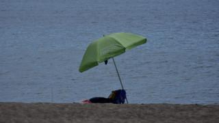 Αυτές είναι οι πιο επικίνδυνες παραλίες στην Αττική