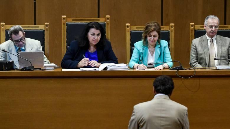 Δίκη Χρυσής Αυγής: Τηλεφώνησα σε στέλεχος για τον Φύσσα, παραδέχτηκε ο κατηγορούμενος Ιωάννης Άγγος