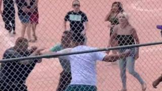 Συμπλοκή γονέων σε… παιδικό αγώνα μπέιζμπολ: Ξύλο, τραυματισμοί και προσαγωγές