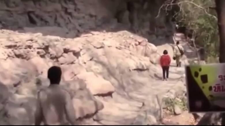 Έσπρωξε την έγκυο γυναίκα του από γκρεμό 30 μέτρων για να την κληρονομήσει