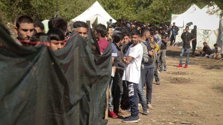 Ισόβια σε διακινητές που άφησαν 71 μετανάστες να πεθάνουν από ασφυξία μέσα σε φορτηγό