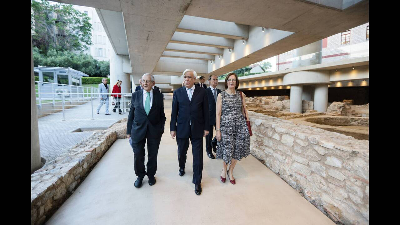 https://cdn.cnngreece.gr/media/news/2019/06/22/181654/photos/snapshot/mouseio-akropolis-10-xronia-6.jpg