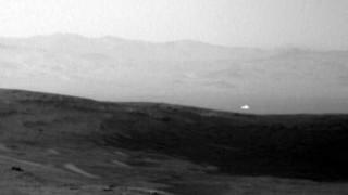 Τι λέει η NASA για τη... μυστηριώδη λάμψη στον Άρη