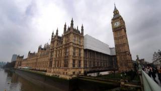 Εκκενώθηκε το Βρετανικό Κοινοβούλιο - Αναφορές για φωτιά