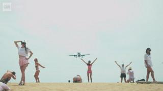 Πανέμορφη και επικίνδυνη: Γιατί μία παραλία του Πουκέτ  προκαλεί πονοκέφαλο στις αρχές