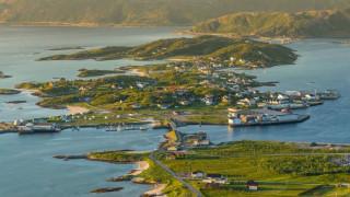 Sommarøy: O νορβηγικός «παράδεισος» που θέλει να απαλλαγεί από τον χρόνο