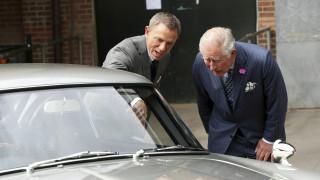 Ο πρίγκιπας Κάρολος στα γυρίσματα του Τζέιμς Μποντ - Τι είπαν με το Ντάνιελ Κρεγκ