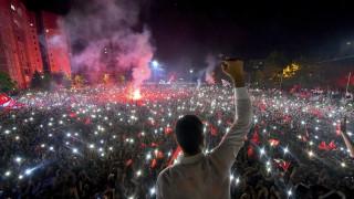Ανάλυση CNNi: Απειλεί ο χαρισματικός Ιμάμογλου την «αυτοκρατορία» Ερντογάν;