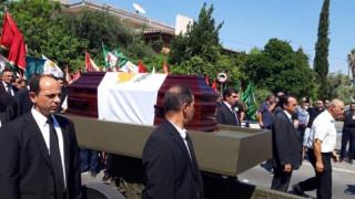 Κύπρος: Το τελευταίο «αντίο» στον Δημήτρη Χριστόφια
