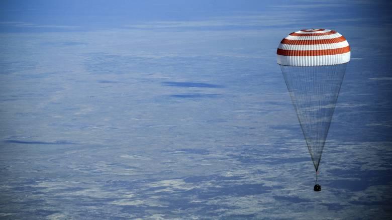 ISS: Η επιστροφή τριών αστροναυτών του Soyuz-MC11 στη Γη