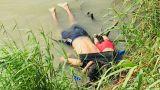 Πνίγηκαν μπροστά στα μάτια της: Το δραματικό παρασκήνιο της φωτογραφίας που σόκαρε τον πλανήτη