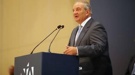 Καραμανλής: Ο Μητσοτάκης μπορεί να αναλάβει το δύσκολο έργο της εθνικής ανασυγκρότησης
