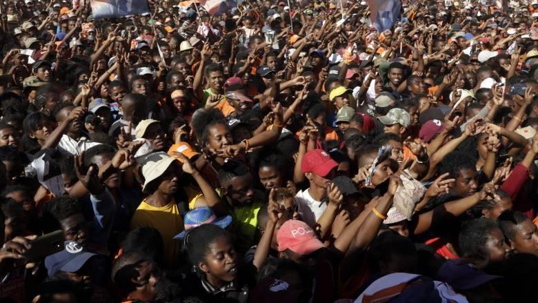Πολύνεκρη τραγωδία στη Μαδαγασκάρη: Ποδοπατήθηκαν έξω από το εθνικό στάδιο