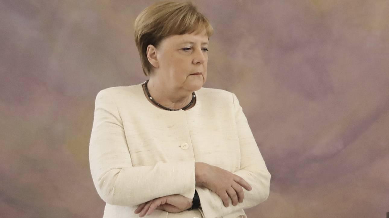 Η Άνγκελα Μέρκελ τρέμει ξανά - Νέα ανησυχία για την υγεία της καγκελαρίου
