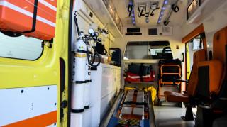 Θεσσαλονίκη: Διακινητής μετέφερε μετανάστες ντυμένους νοσηλευτές με ψεύτικο ασθενοφόρο