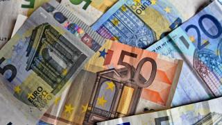 ΣΕΒ: Φόροι και εισφορές τρώνε έως 60% του εισοδήματος
