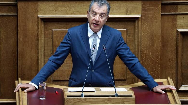 Θεοδωράκης: Δεν υπήρξε ούτε ένα ιδιωτικό και μυστικό ραντεβού με τον κ. Τσίπρα