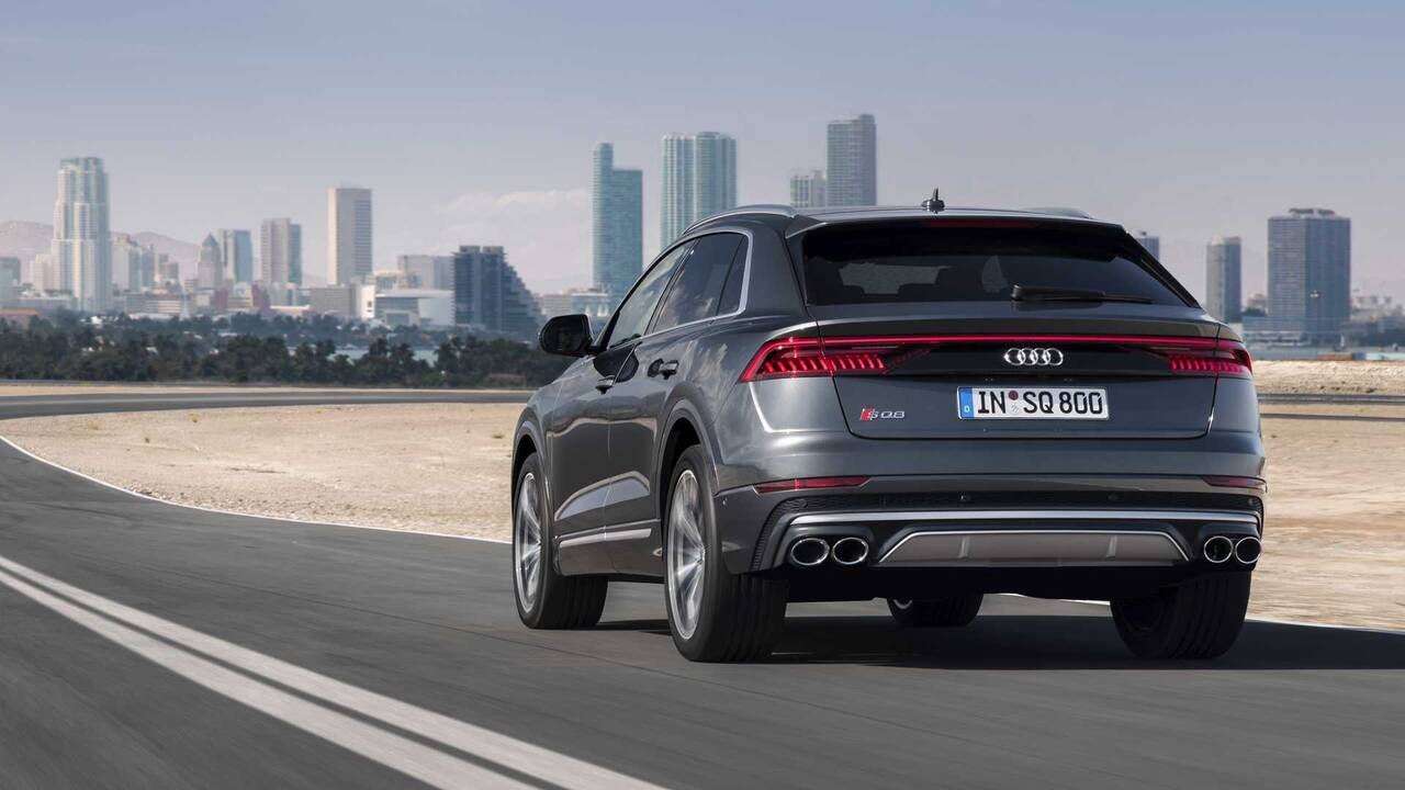 https://cdn.cnngreece.gr/media/news/2019/06/29/182545/photos/snapshot/AUDI-SQ8-TDI-9.jpg
