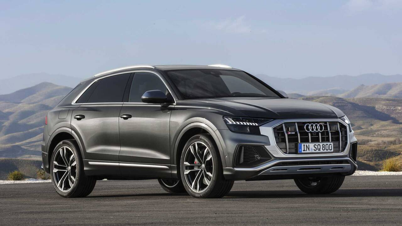 https://cdn.cnngreece.gr/media/news/2019/06/29/182545/photos/snapshot/audi-sq8-tdi-2019-11.jpg