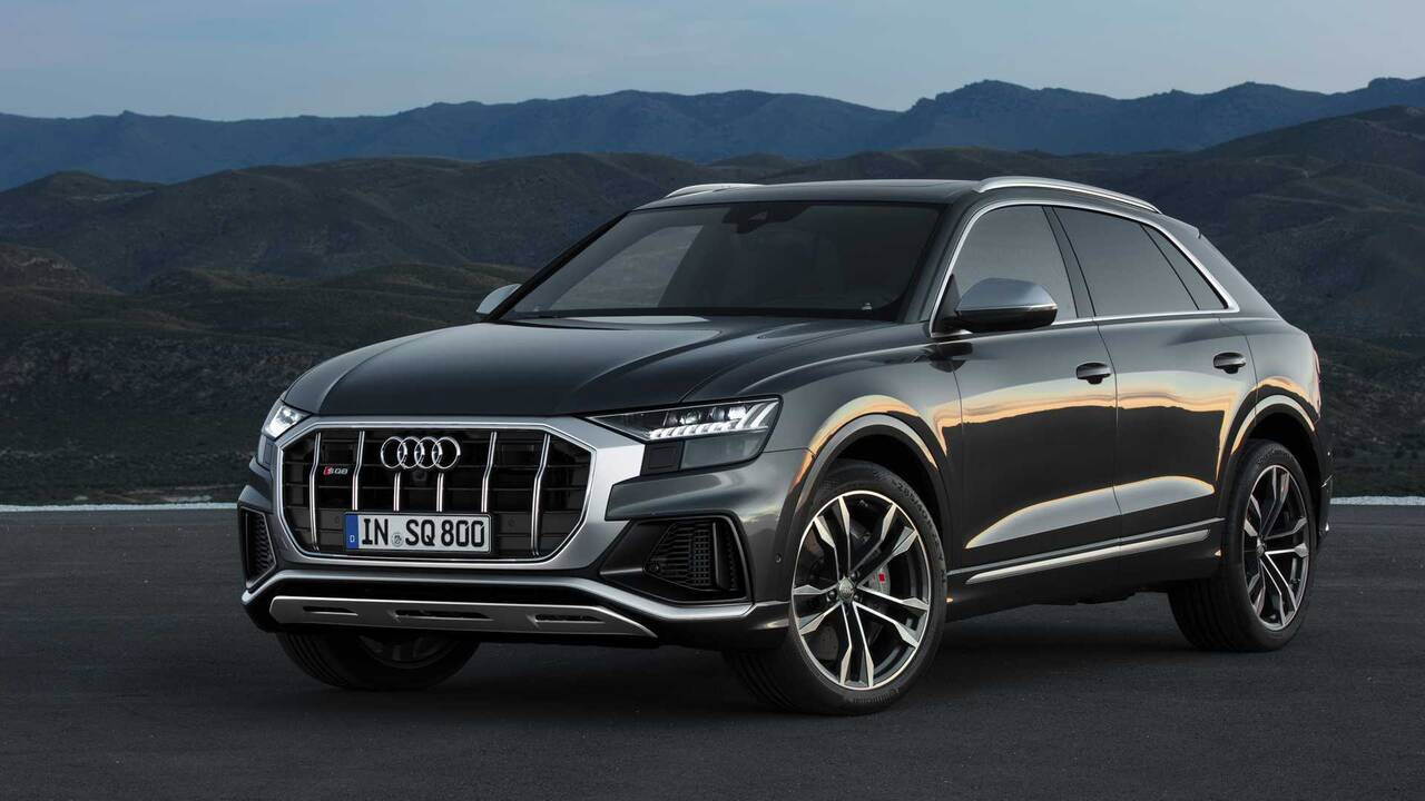 https://cdn.cnngreece.gr/media/news/2019/06/29/182545/photos/snapshot/audi-sq8-tdi-2019-12.jpg