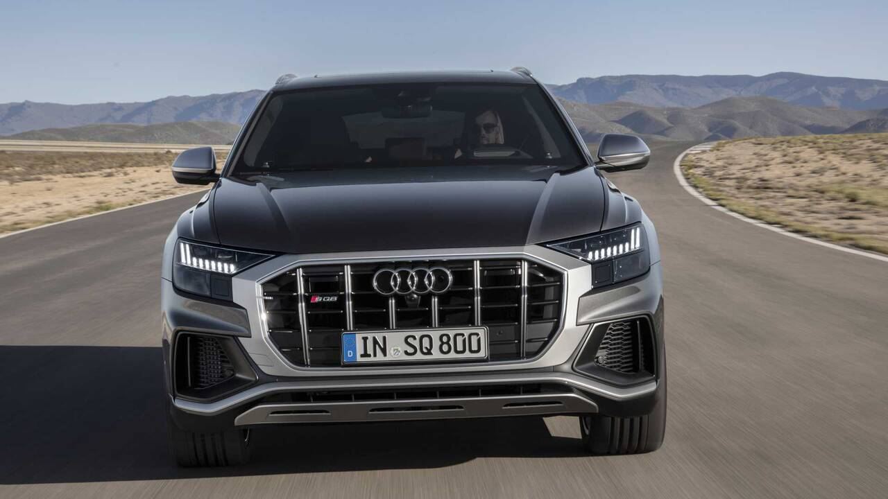 https://cdn.cnngreece.gr/media/news/2019/06/29/182545/photos/snapshot/audi-sq8-tdi-2019-2.jpg