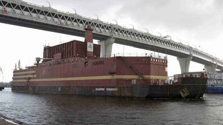 «Πλωτό Τσέρνομπιλ»: Το πυρηνικό πλοίο της Ρωσίας και η αγωνία για τους κινδύνους που «κρύβει»