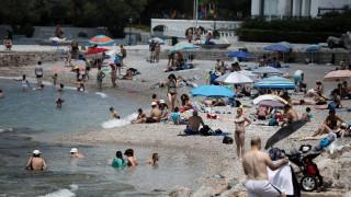 Καιρός: «Καμίνι» η χώρα - Ο καύσωνας της Ευρώπης έρχεται στην Ελλάδα με 41 βαθμούς Κελσίου