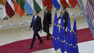 Άρχισαν ξανά οι συνομιλίες στη Σύνοδο Κορυφής - Δεν αναμένεται «λευκός καπνός»