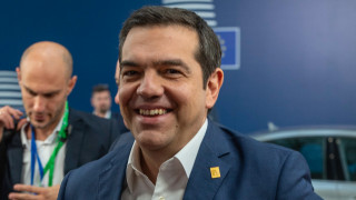 Ο Τσίπρας αφήνει στη θέση του τον Σάντσεθ και επιστρέφει Ελλάδα μετά το «ναυάγιο» στις Βρυξέλλες